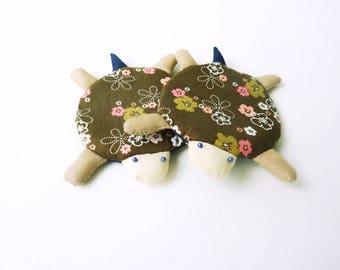 Turtle coasters, drink coasters, cute coaster, cute turtle, fabric coasters, coaster set, housewarming gift, fun coaster, turtle lovers gift