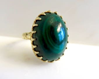 Circa 1950s Green Malachite Cabochon ring set in 14KT Gold