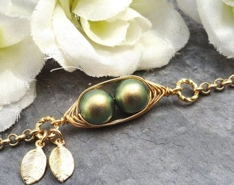 Mothers Day Sale Sweet 2 Peas In A Pod Gold  Bracelet 2,3 Or 4 Swarovski Pearls Choose Your Color Or Beads. Ideal Gift For Mom