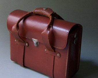 Vintage Weathered Leather Case / Vintage Leather Camera Bag