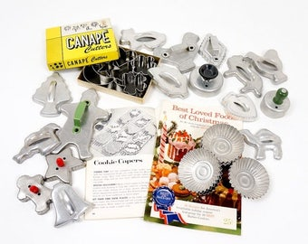 Shop Sale Vintage 1950s 60s Metal Cookie Cutters, Canape Cutters and Tartlet Tin Collection / Animals, Christmas, Shapes