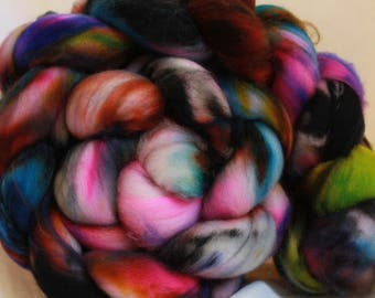 Super wash merino hand dyed combed top/ Roving (4.1 oz/116 Grams) #104