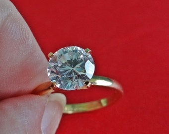 20% off sale ESPO signed Vintage gold tone  size 5  solitaire ring with super sparkly rhinestone in great condition