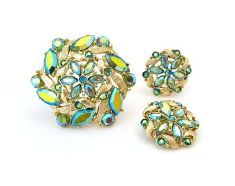 DODDS Rhinestone Brooch Earrings Set • Signed 11 W 30 ST Aurora Borealis Flower Demi Parure • Vintage 1950s Jewelry