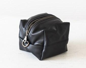 Dopp kit black leather, toiletry case makeup bag accessory bag cosmetic case travel case utility bag travel case - Cube