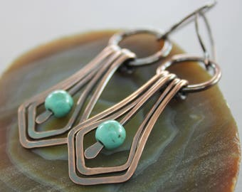 Swinging Art Deco chandelier copper earrings with round turquoise stones - Dangle earrings - Turquoise earrings - Art Deco earrings