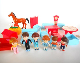 Vintage Oh Jenny Figures Dolls and Accessories by Matchbox 1988