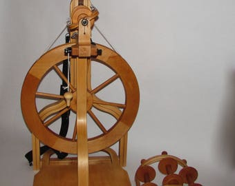 Schacht Matchless spinning wheel - single treadle - Used - prefer pick up or we can deliver