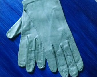 """Distressed Mint Green Leather Gloves size 6 3/4"""""""