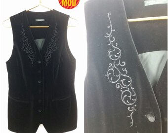 Pretty Preppy Vintage 90s Black Velvet Laura Ashley Long Vest Top!