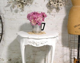 Painted Cottage Chic Shabby Round Side Table ENT146