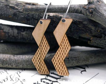 2pcs / 1 Pairs (HEW18) Laser Cut Wooden Dangle Earrings - HEW Series