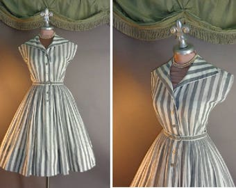 1950s dress vintage 50s GRAY SILVER LUREX stripe cotton voile fit and flare full skirt day dress