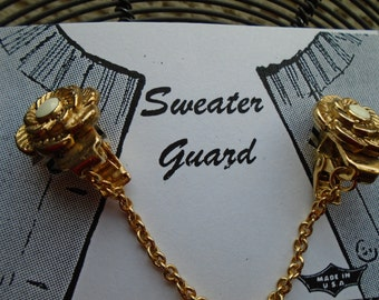 Sweater Clip  Gold Tone  Single Chain  Jewelry  Dress Accessories FREE SHIPPING