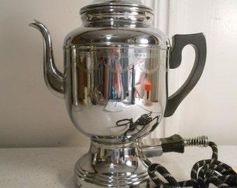 Deco Art Chrome Coffee Percolator/Faberwear Coffee Percolator/4-12 Cup Coffee Percolator/1940's Era