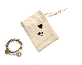 Gift bag drawstring linen pouch with hearts, 5 x 7 inches, Mothers day gift bag, bridal shower favor,  ecofriendly reusable
