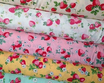 Atsuko Matsuyama 30's collection 2017 Strawberry bundle - 1930's reproduction quilt fabric - by Yuwa Japan