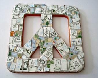 Mosaic Peace Sign, Square, Mosaic Wall Art, Pique Assiette, Retro, Bohemian, Peace Symbol, Hippie, Peace Sign, Wall Hanging - 10 Inches