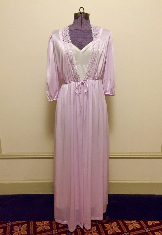 Vintage 1970s Val Mode Nylon Princess Dressing Gown