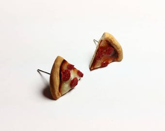 Pepperoni pizza earrings. Hand sculpted food jewelry