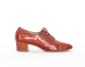SALE Vintage Oxford Heels * 1960s Mod Heels * Patent Leather 60s Loafer Pumps * size 7.5 | 38