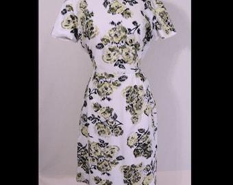 Vintage 1950s Dress 50s Dress Big MCM Flower Bouquets Print Cotton Day Dress M/L
