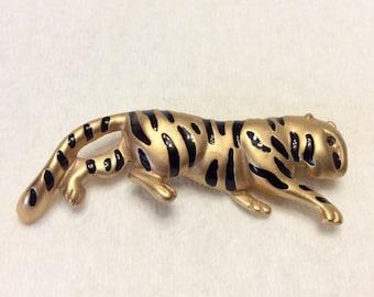 Krementz tiger brooch pin. Vintage 1950s free ship to US.