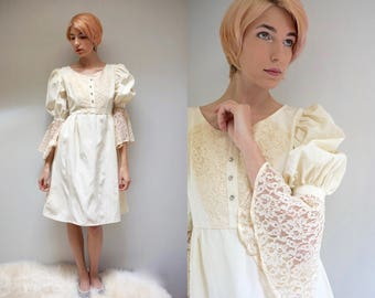 Boho Lace Wedding Dress  //  70s Wedding Dress  //  RENAISSANCE WEDDING
