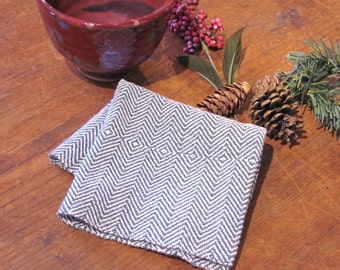 Forest Pine Green Small Serving Cloth or Basket Napkin, Hand Woven Cotton Rustic Cottage French Country Farmhouse Kitchen Decor Bread Cloth