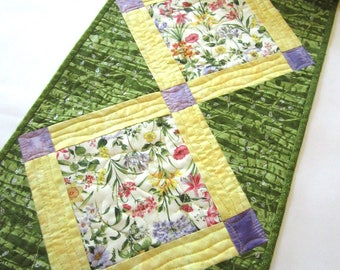 Floral Table Runner, Quilted Table Runner,  Handmade Table Runner, Tablerunner, Home Decor, Spring, Mother's Day Gift, Summer Table Runner