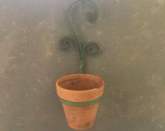 Iron Plant Pot Holder, Wall holder, scrolled