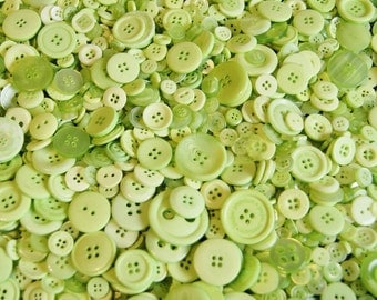 100 Lime Green Mix Buttons, Bright Lime Green, Assorted sizes, Sewing, crafting, Grab Bag  ( 1486 )