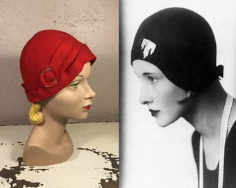 The Charleston Championships - Vintage 1920s Lipstick Red Felt Cloche Hat w/Celluloid Hat Buckle