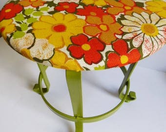 Wrought iron stool Retro flower power seat plant stand metal base Orange Green Yellow white vintage fabric vanity chair vintage stool