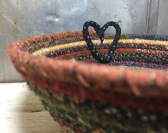 CottonPottery Scrappy Fabric Coiled Bowl/Basket with a Heart