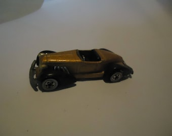 Vintage 1978 Hot Wheels Gold Colored Auburn 852 Toy Car by Mattel, Malaysia, collectable