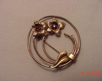 Vintage Rhinestone Flower Brooch  16 - 766