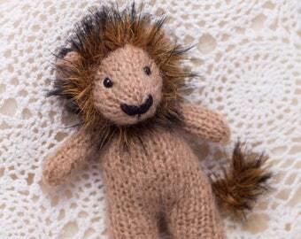 Little Stuffie - Lewys Lion