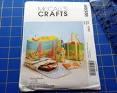 Sewing Pattern, Kitchen Accessories, Casserole Carrier, Picnic Totes, Hot Pads, Uncut Brand New Pattern, McCall's, Sewing Instructions