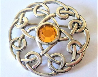 Silver Celtic Knot Brooch... Amber Glass... c.1980s