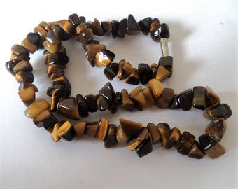 c.1980s Tiger's Eye Chip Necklace... 38cm Choker... On Elastic