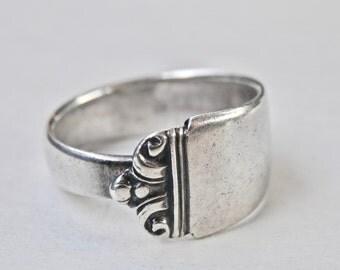 Vintage Spoon Ring, Sterling Spoon, Silver Pattern, Silver Spoon Flatware Size 8 Ring, Sterling Flatware, Vintage Silver, Vintage Jewelry