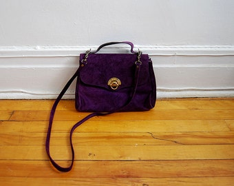 vintage purple suede purse with gold clasp