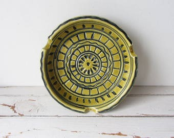 Vintage Beautiful Ceramic Ashtray Made in Italy 1950s