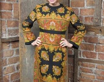On Sale 1970s Paisley Dress/ 70s Shift Dress/ Boho 70s Dress/Asian Inspired