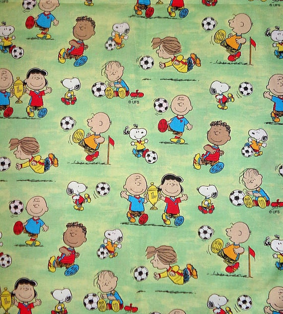 18x22 Peanuts Cotton Fabric Green Soccer Snoopy