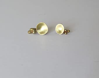 minimalistic organic form stud earrings