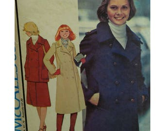 Double Breasted Coat Pattern, Pea Jacket, Lined, Epaulettes, Welt/Patch Pockets, Notched Collar, Trench Coat, McCalls No. 5828 UNCUT Size 16