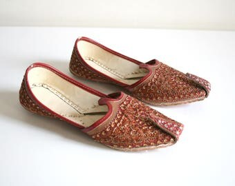 Childs Embellished Red Indian Flats 7