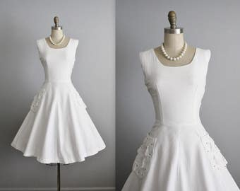 50's White Dress // Vintage 1950's White Pique Cotton Tassel Garden Party Casual Wedding Dress S